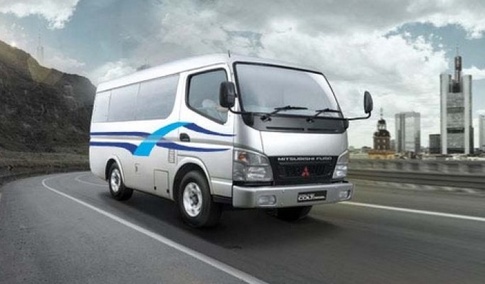Sales Mitsubishi Jombang Colt Diesel FE 71 BUS CHASSISFE